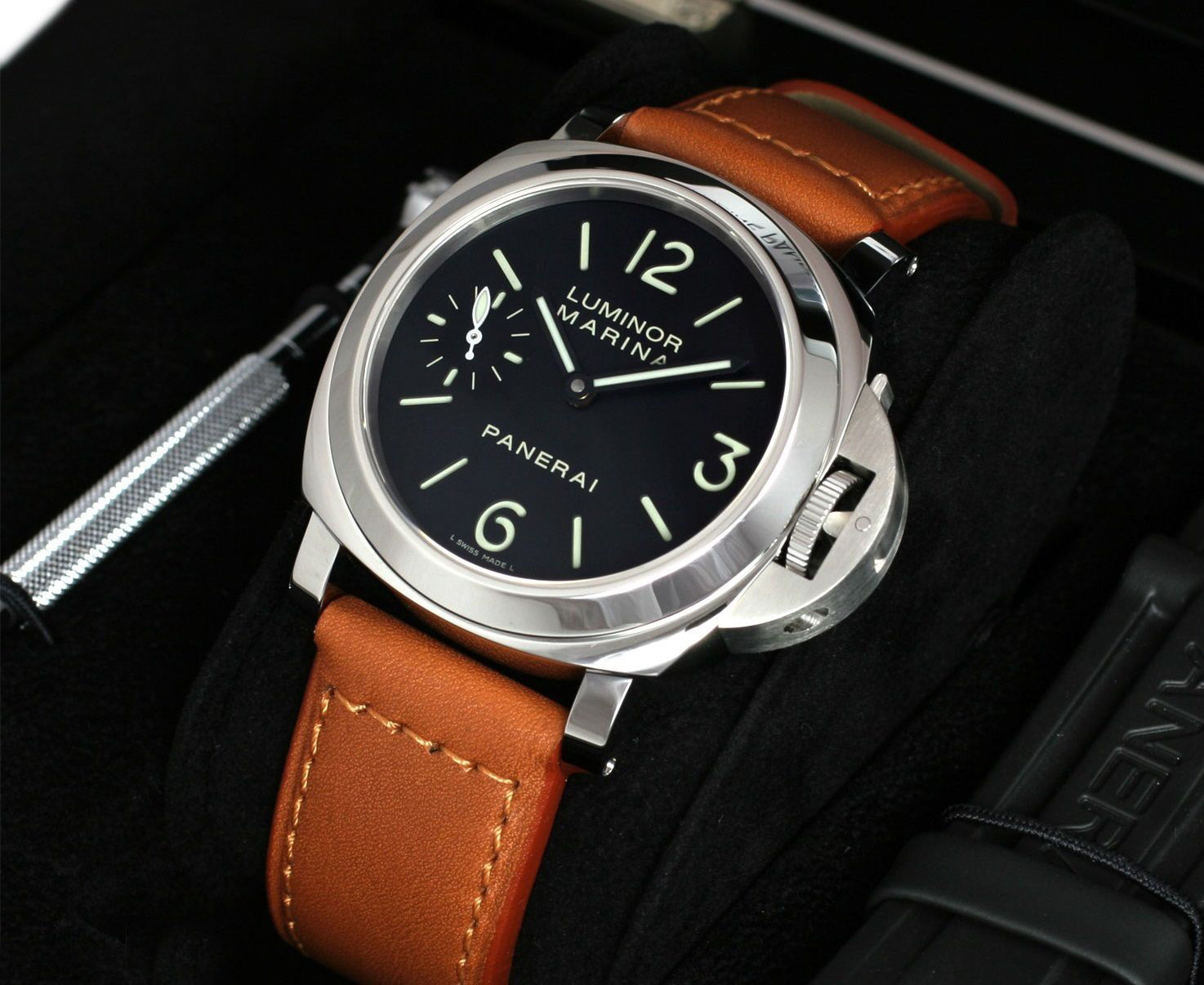 ReplicaWatches.vip Review – Best Replica Watches Website